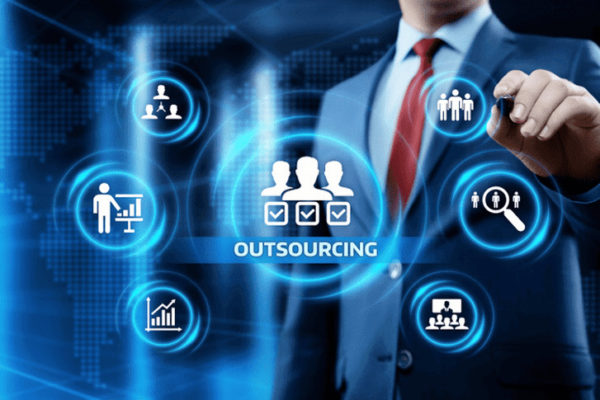 Pros and Cons of Software Development Outsourcing to Ukraine